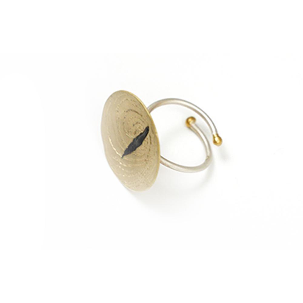 Anillo artesanal ajustable chapado oro