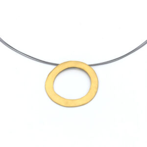 Colgante artesanal circular plata chapado oro