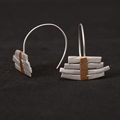 Pendientes artesanales barras de plata y oro